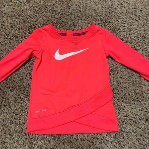 Baby girls Nike shirt